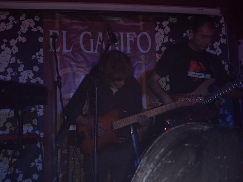 ANTONIO VEGA + YURI GAGARÍN (EL GARIFO) 18-04-2.008